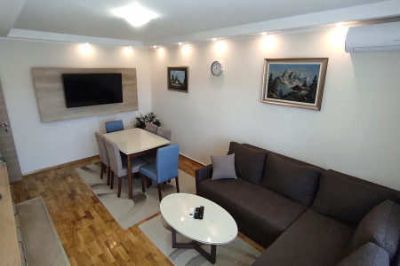 Three Bedroom Apartment Milica Liman Novi Sad Liman