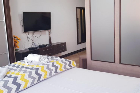 apartments novi sad stari grad apartment yellow flower18
