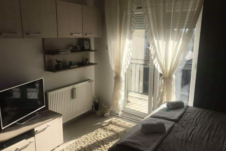 Studio Apartment Piano Novi Sad Salajka