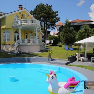 apartmani beograd centar apartman vila danube lux sa bazenom na obali dunava