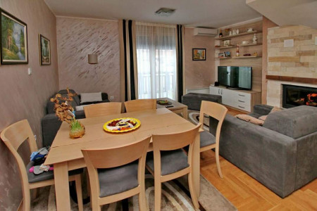 Trosoban Apartman Goga duplex Zlatibor Okolno mesto Jelena Anzujska