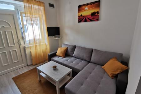 Two Bedroom Apartment Ris 2 Novi Sad Stari grad
