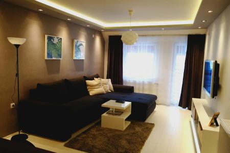 Two Bedroom Apartment Homerent 69 Novi Sad