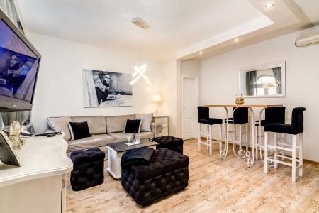 Trosoban Apartman Coco Beograd Zvezdara