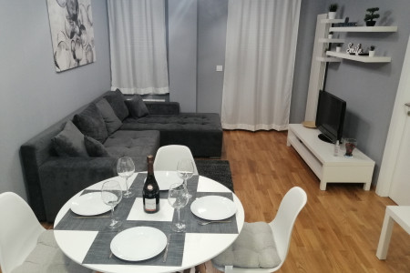 Two Bedroom Apartment FIT  Belgrade Zvezdara