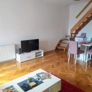 Three Bedroom Apartment Moderna Novi Sad Grbavica