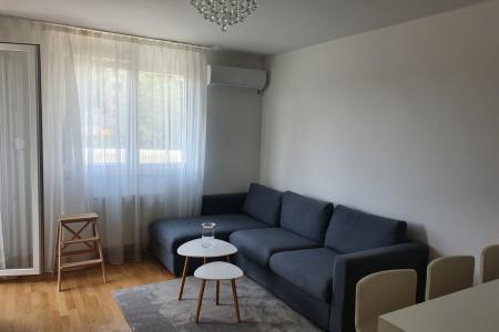 Two Bedroom Apartment Homerent 44 Novi Sad