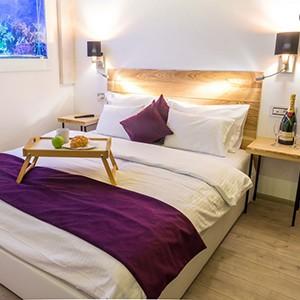 Kako se apartmani sa djakuzijem i saunom mogu rezervisati?