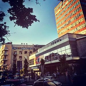 Apartmani u blizini zgrade Politike - pregled ponude