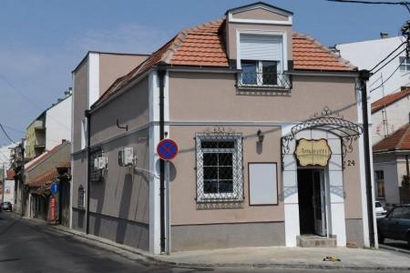 amaretti pastry shops belgrade vracar2
