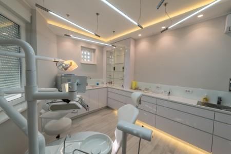 dr milan mamuzic dentist belgrade centar5