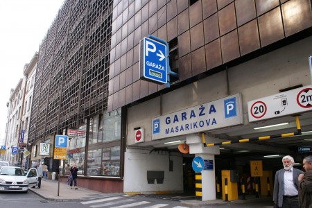 Javna parking garaža Masarikova