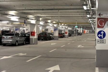 javna garaza dr aleksandra kostica parking beograd savski venac4