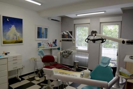 dr milos jovanovic dentist belgrade centar