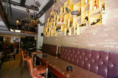IL Grappolo wine bar Beograd