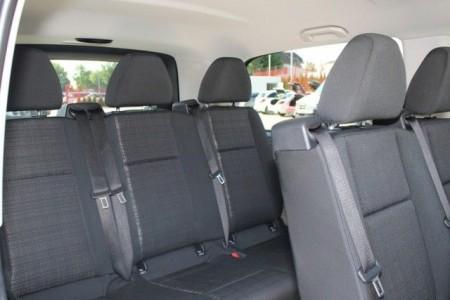 royal transfers limo services vozdovac4