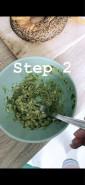 Бейгл с авокадо и яйцом - фото приготовления рецепта шаг 2