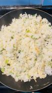 Жаренный рис - фото приготовления рецепта шаг 6
