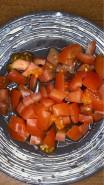 Пицца без сыра, без дрожжей на тесте из ржаной муки - фото приготовления рецепта шаг 9