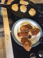 Яблочные оладьи - фото приготовления рецепта шаг 9
