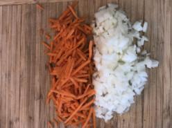 Куриный суп с шампиньонами - фото приготовления рецепта шаг 2