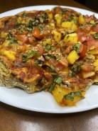Пицца без сыра, без дрожжей на тесте из ржаной муки - фото приготовления рецепта шаг 12