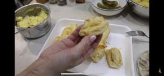 Лодочки с селедкой - фото приготовления рецепта шаг 3