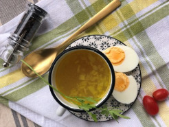 Куриный суп с яйцом - фото приготовления рецепта шаг 3