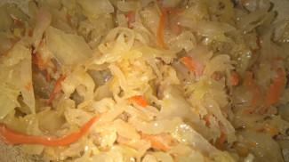 Картофельники (зразы) с квашеной капустой (по бабушкиному рецепту) - фото приготовления рецепта шаг 2