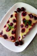 Вишневый пирог с заливкой из сметаны - фото приготовления рецепта шаг 10
