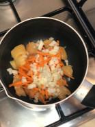 Суп из куриных грудок - фото приготовления рецепта шаг 3