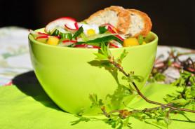 Салат из шпината и сельдерея - фото приготовления рецепта шаг 9