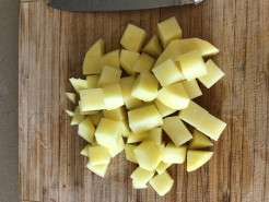 Суп куриный с картофелем - фото приготовления рецепта шаг 3