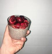 Чиа пудинг с черешней - фото приготовления рецепта шаг 1
