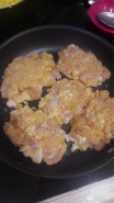 Рубленые куриные котлеты с чесноком - фото приготовления рецепта шаг 4