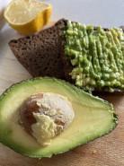 Бутерброд с авокадо - фото приготовления рецепта шаг 2