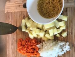 Куриный суп с вермишелью и картошкой - фото приготовления рецепта шаг 3
