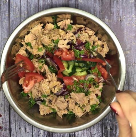Салат с тунцом 🥗
