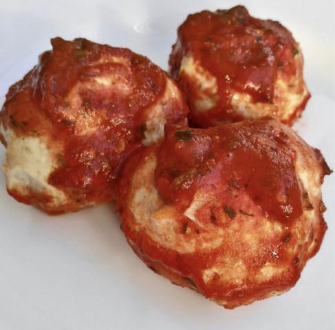 Куриные тефтельки в томатном соусе