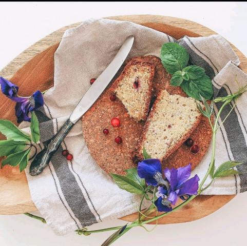 Сливочно-малиновый кекс