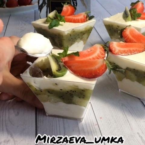 Десерты в стакане