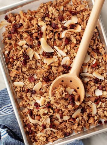 Рецепт домашней гранолы с вишней