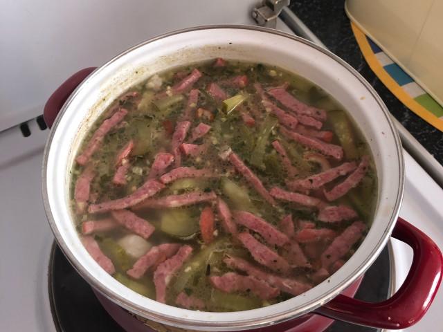 Суп с маринованными огурчиками 🥒