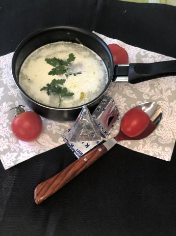 Куриный суп c плавленым сыром