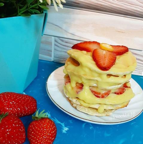 Мини тортик клубнично-ванильный