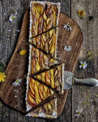 Тарт с нектаринами и манго