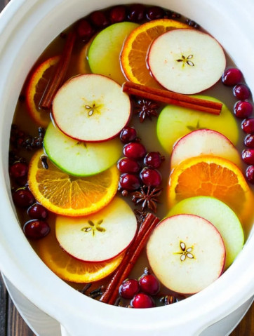 Яблочный сидр со специями и апельсином