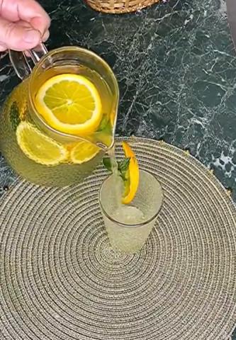 Цитрусово-мятный лимонад