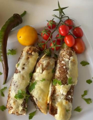 Блинчики с мясом запечённые под сыром в духовке