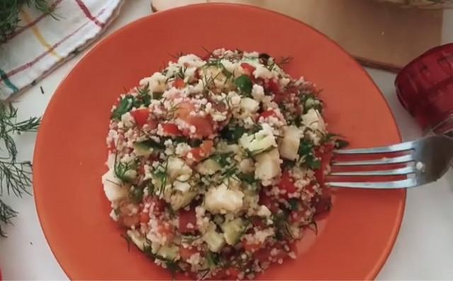 Летний салат с кус-кусом 🌱🍅